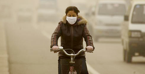 bicycllist-with-mask